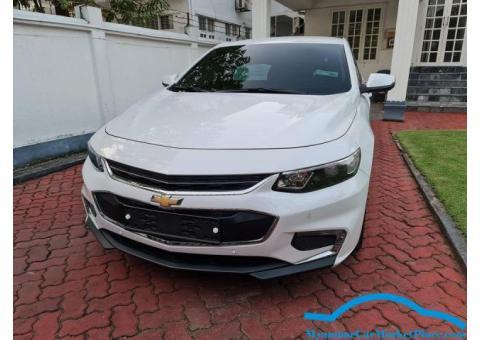 Chevrolet Malibu 2018 White