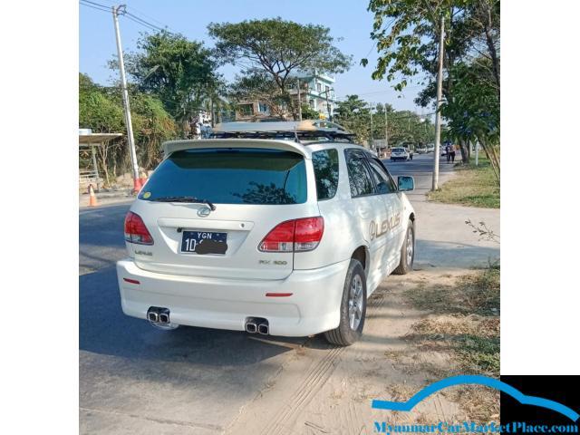 Toyota HARRIER LEXUS