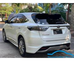 Toyota Harrier 2014 model